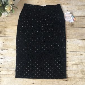 NWT Cassie Black Studded Velvet Skirt Size Small